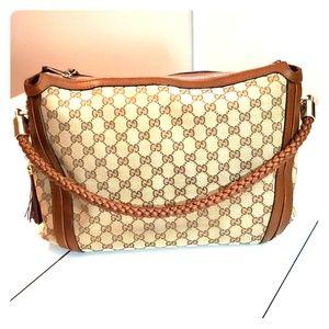 Authentic Gucci Bella Handbag